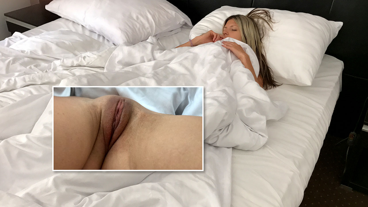 Proof of Gina Gerson Nude pussy mound in my bed before I fuck her